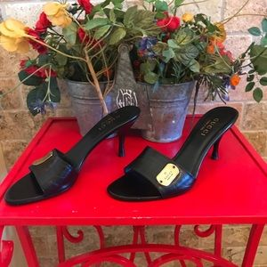 Gucci Mirabelle Heels Black Leather Gold Plate 8